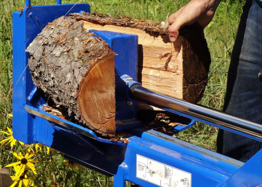Wood Splitter in Operation